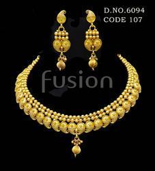 South Indian Delicate Necklace Set