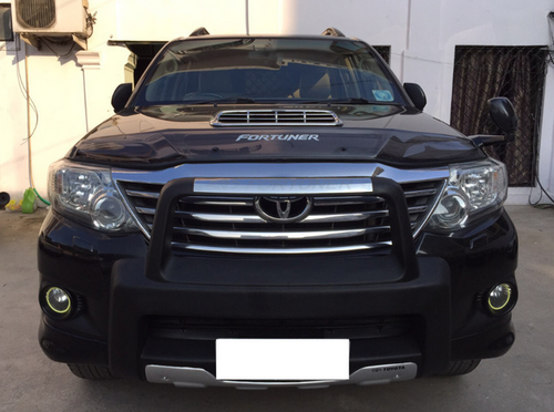 Black Fortuner Car, SUV, S S K  Car Sales | ID: 18715576462