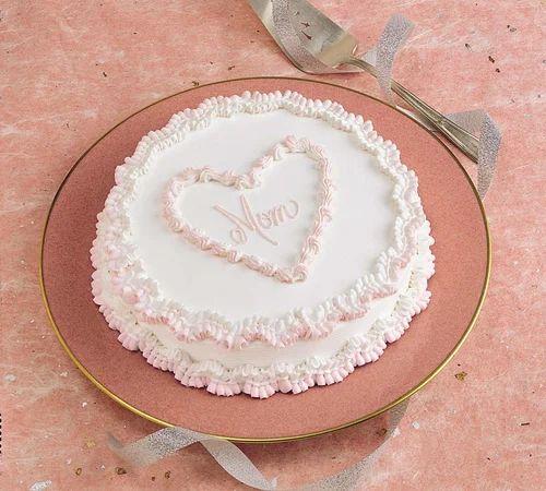 Heart Design Cream Cake
