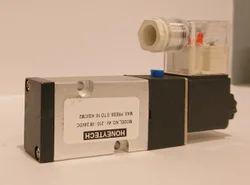 4V-210-08 Single Solenoid Valve
