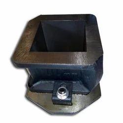 Cast Iron Cube Mold, Size: 150x150, 70.06x70.06 (Mm)