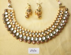 Vardhaman Goodwill Kundan Necklaces