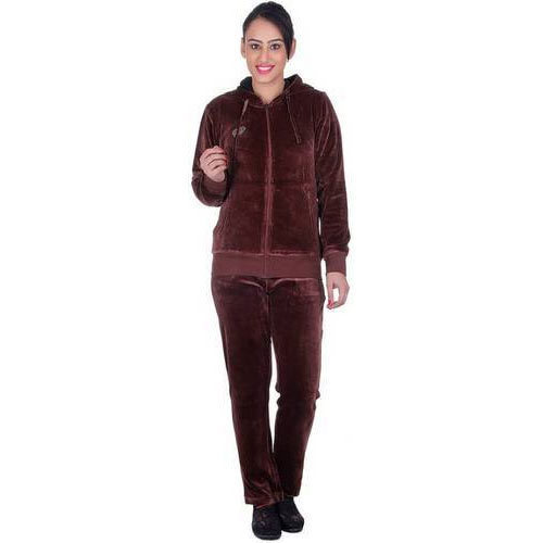Ladies Velvet Tracksuit at Rs 900  piece  13d3229ff7