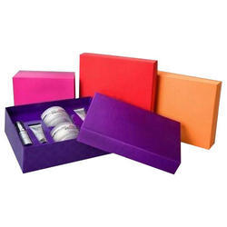 Recyclable Cosmetic Packaging Boxes