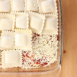 Mamma Foods Food Frozen Ravioli, Packaging Type: Packet