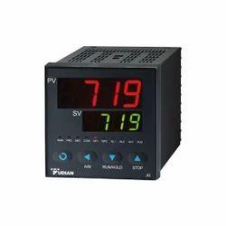 Yudian AI-719 Process Controller