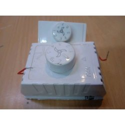 Rotary Switch White Polycarbonate Fan Regulator, 7 Step