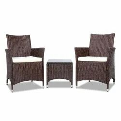 Universal Furniture Rattan and Wicker Outdoor Double Sofa Chair with Table
