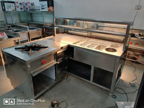 Golgappa Gupchup Puchka Tikki Chaat Counter