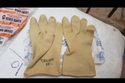 Crown White Gloves Good Quality Rubber Gloves