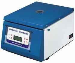 Bench Top Cyto Centrifuge Brushless Motor Speed 4000 R.P.M