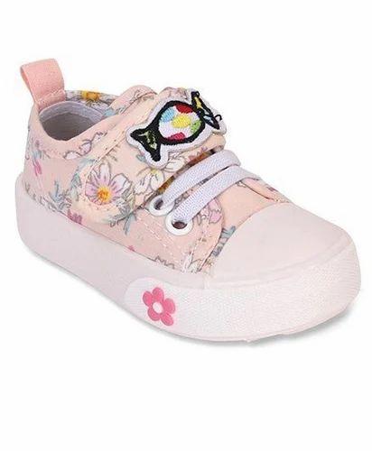 a294b63978a5 Cute Walk By Baby Hug Canvas Shoes Floral Print