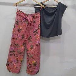 Cotton Casual Ladies Half Sleeves Top Pant Set, Size: Medium