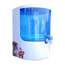 White ABS Plastic Ro Water Purifier, Capacity: 7.1 L To 14L