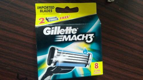 Gillette Mach 3 Manual Shaving Razor Blades 8 Cartridges