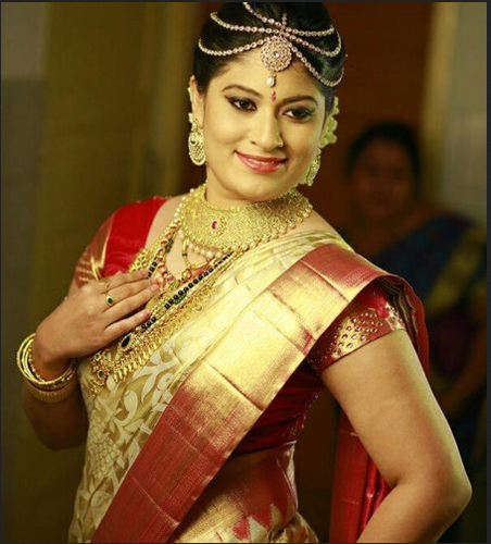 Kerala Party Hairstyles: Red And Blue Hindu Bride Wear, Aham Designer Boutique