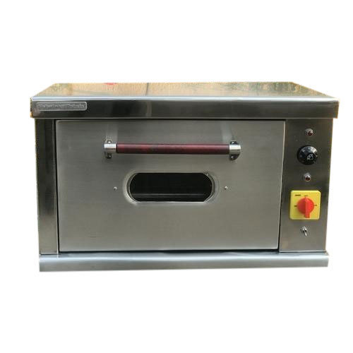 Single Door SS Commercial Pizza Oven, Capacity: 4.0