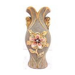 Flower Vase with Flower Etching Showpiece