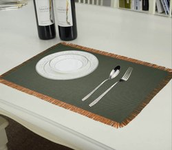 Lushomes Bi-Color Placemat with Fringes (Fussed)(pack Of 6)