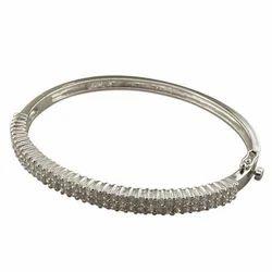 Designer Bracelet In Silver Garnet And Cubic Zirconmia