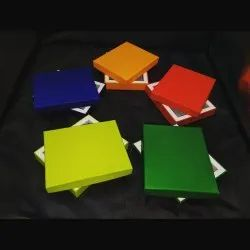 Plain Multi Colour Wallet Box