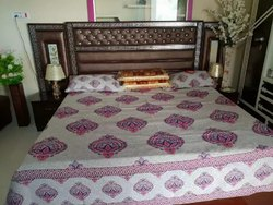 Modern Designer Wooden Double Bed, For Home, Size: 6x6.5 Feet