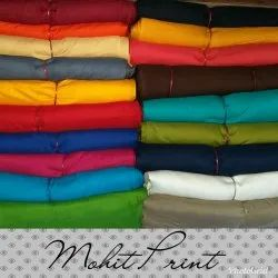 Mohit print Casual Wear Rayon Plain 140gsm Fabric, For Clothing
