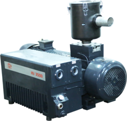 Oil Sealed Vacuum Pump HV 3500, Max Flow Rate: 225 cu.m/hr