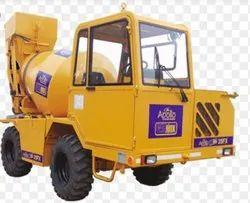 Tilting Drum Mixer Diesel Engine Apollo Carmix 45FX Self Loading Concrete Mixer, Drum Capacity: 500 L, for Construction