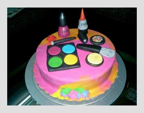 3D Make-Up Kit Cake