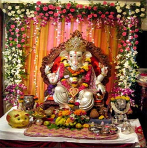 Ganpati Decoration With Fresh Artificial Flowers In