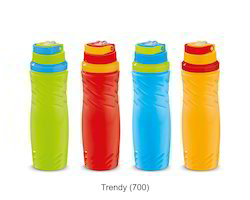 Trendy Insulated Water Bottle.(700 ml).