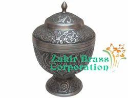 Brass Cremation Urn in Moradabad, ब्रास