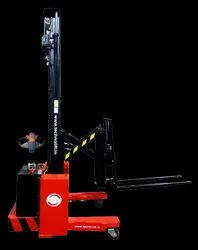 Side Reach Stacker _ Multi-Direction Stacker