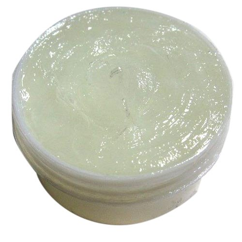 Imported White Petroleum Jelly, Packaging Type: Bucket & Barrel, Packaging Size: 20 & 180