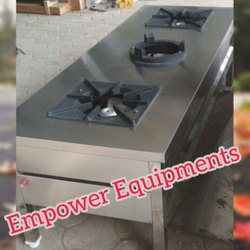 Lakshmi Silver Kitchen SS Stove, Capacity: 50 To 100 Kg, Model: Flat model