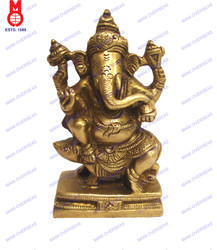 Lord Ganesh Sitting On Mouse Statue