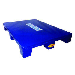 Polywell Blue Four Way Pallets