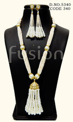 Designer Pearl Necklace Set