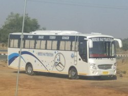 AC Seater Bus 37 Seater AC Bus, Seating Capacity: > 45 Seater, Mumbai