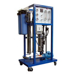 Semi-Automatic Reverse Osmosis System, Capacity: 2 , 500-1000 (Liter/hour)