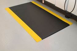 Black Rubber Mats, Thickness: 2-3 Mm