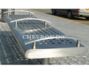 Opiyum Stainless Steel Bench
