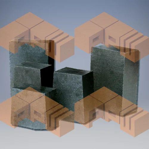 MAGNESIA CARBON BRICKS, Shape: Cubical, Size: 9 X 4.5 X 3