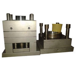 Cold Runner Container Mould