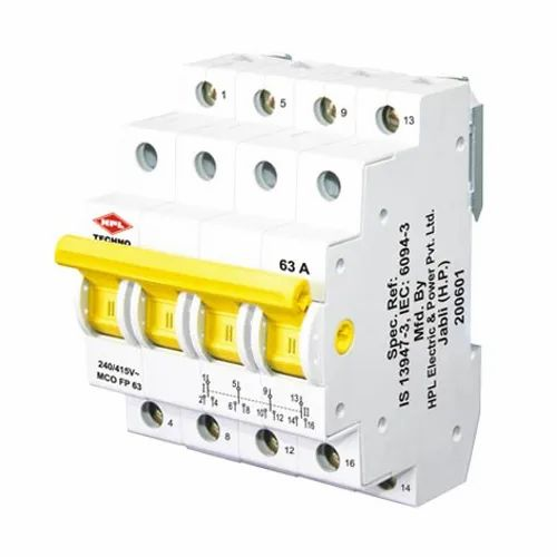 foto de Ip 33 Three Phase HPL MCB Changeover Switch Model Name