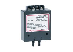 Dwyer Series 616C -3B Differential Pressure Transmitter Range 1.5-0-1.5 in wc