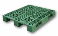 Blue Two Way Plastic Pallets, Capacity: 4500 Kg