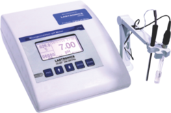 Microprocessor Based PH / Temperature / MV Meter LT 50