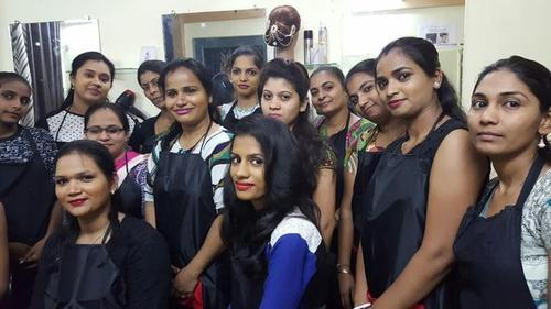 Female Beautician Course Training Rs 35000 Piece Angel Beauty Parlor Id 20381051673